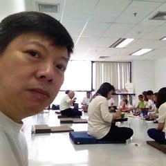 Photo taken at Sethiwan Tower (เศรษฐีวรรณทาวเวอร์) by Kc R. on 6/15/2014