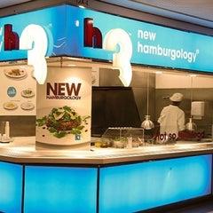 Photo taken at h3 new hamburgology by Renato S. on 7/22/2013