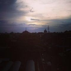 Photo taken at Universitas Muhammadiyah Surakarta (UMS) by Hamdan N. on 4/8/2015