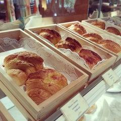 Photo taken at Dusit Gourmet by Sarun S. on 4/10/2014