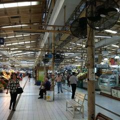 Photo taken at ตลาด อ.ต.ก. (Or Tor Kor Market) by Soup on 4/8/2013
