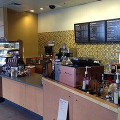Photo taken at Starbucks by Erlie P. on 2/14/2014