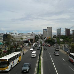 Photo taken at Avenida Djalma Batista by Precisando de seguidores no twitter ->@jairobrito26 s. on 7/15/2013