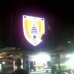 Photo taken at Pasar Malam Lapangan Kodam V Brawijaya by Sp P. on 5/9/2015