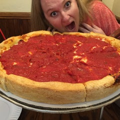 Photo taken at Lefty's Chicago Pizzeria by Sean M. on 8/9/2015