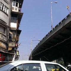 Photo taken at Chor Bazaar (Thieves' Market) by Nitish M. on 1/19/2014