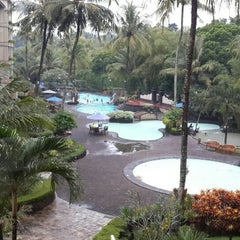 Photo taken at The Jayakarta Yogyakarta Hotel by Priagung D. on 4/21/2016