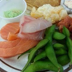 Photo taken at Golden Coast Buffet by Greta V. on 7/29/2013