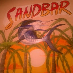 Photo taken at Sandbar Seafood, Deli, And Oyster Bar by Alicia on 10/13/2012