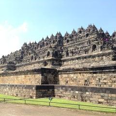 Photo taken at Candi Borobudur (Borobudur Temple) by sarah || aïs™ on 2/11/2013
