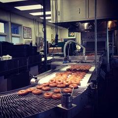 Photo taken at Krispy Kreme Doughnuts by Milo C. on 4/20/2013