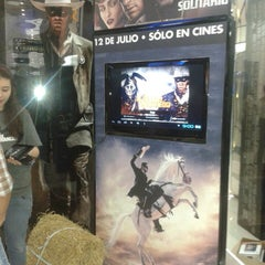 Photo taken at Cine Colombia | Multiplex Portal 80 by Diana S. on 7/7/2013