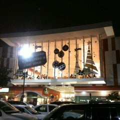 Photo taken at Galerías Saltillo by Carlos V. on 11/22/2012