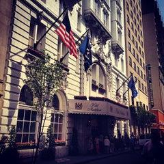 Photo taken at Hotel Monteleone by Jason W. on 5/18/2013