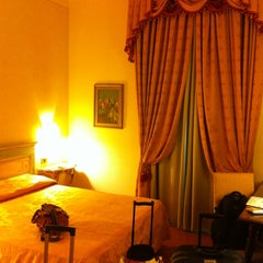 Foto scattata a Hotel Machiavelli Palace Florence da Martin B. il 7/13/2013