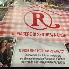 Photo taken at Roadhouse Grill by Tiziana C. on 6/1/2014