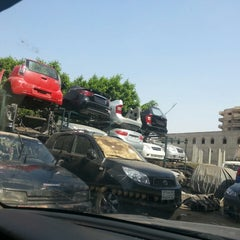 Photo taken at Al Herafeyeen | الحرفيين by Mohamed O. on 4/25/2014