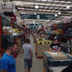 Photo taken at Bunnings Warehouse by Danijel  J. on 12/28/2013