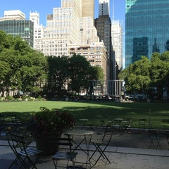 Photo taken at The Reading Room - Bryant Park by Jessica R. on 7/8/2013