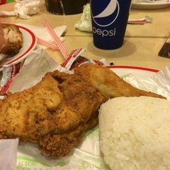Photo taken at KFC by ArdyS on 10/4/2014