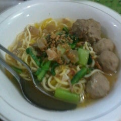 Photo taken at Mie Baso H. Oding / AGA by Riana D. on 6/6/2013
