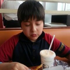Photo taken at KFC by Sergio R. on 5/28/2014