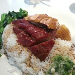 Photo taken at 潤匯燒臘茶餐廳 by Jansen L. on 11/29/2012