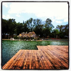 Photo taken at Atracciones El Lago by Jennifer M. on 4/22/2013