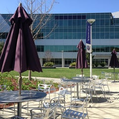Photo taken at URL's Cafe at Yahoo! by 7032 on 3/21/2013