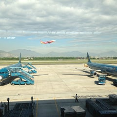 Photo taken at Da Nang International Airport (DAD) Sân bay Quốc tế Đà Nẵng by Artem K. on 7/12/2013