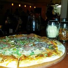 Photo taken at Pizzeria Caldera by Michael E. on 7/25/2014