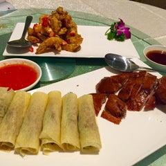Photo taken at Restoran Pekin 北京楼 by Brian V. on 9/29/2015