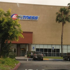 Photo taken at 24 Hour Fitness by UnkleRunkle on 6/24/2013