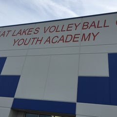 Photo taken at Great Lakes Volleyball Center by Mike C. on 12/7/2014