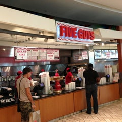 Photo taken at Five Guys by Samaher A. on 6/3/2013
