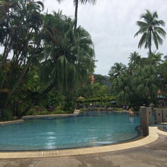 Photo taken at Patong Merlin Hotel Phuket by JiYoung e. on 9/10/2015