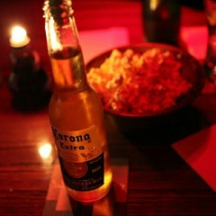 Photo taken at Burgundy Bar & Lounge by kiki r. on 9/12/2014