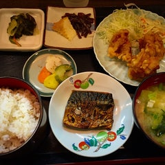 Photo taken at 和食料理 花邨 by Matio M. on 8/6/2015