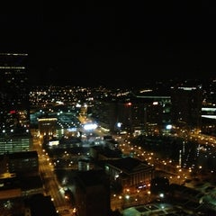 Photo taken at The Westin Peachtree Plaza - Gym by Matthew P. on 2/1/2013