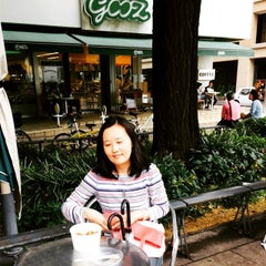 Photo taken at gooz いちょう並木通り店 by Michael Q T. on 5/16/2015