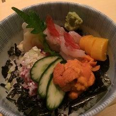 Photo taken at Sushi Shin 鮨辰日本料理 by Jasnow on 5/21/2015