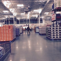 Photo taken at Costco Business Center by Abdullah Yilmaz T. on 1/9/2015