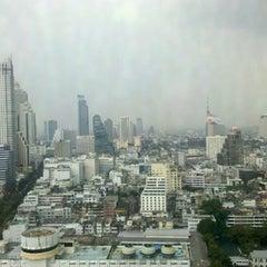 Photo taken at Pullman Bangkok Hotel G by Markus on 12/12/2012