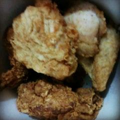 Photo taken at KFC by masDIYOSAako on 9/28/2013