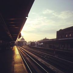 Photo taken at MTA Subway - Marcy Ave (J/M/Z) by ELSA AND ME on 6/25/2013