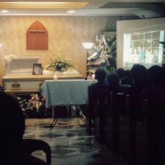 Photo taken at La Funeraria Paz by Lhen P. on 12/19/2014