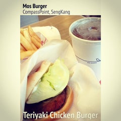 Photo taken at MOS Burger by Magdalene P. on 3/9/2014