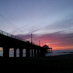 Photo taken at Manhattan Beach Pier by Pechluck L. on 12/29/2012