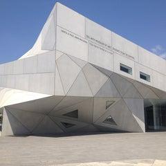 Photo taken at Tel Aviv Museum of Art (מוזיאון תל אביב לאמנות) by tanya c. on 8/5/2013