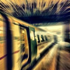 Photo taken at Edinburgh Waverley Railway Station (EDB) by Ivan on 2/11/2012